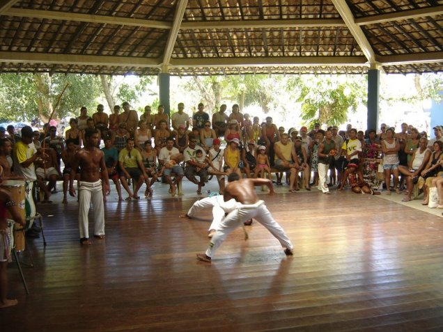 0130-1o-dia-apresentacao-de-capoeira1