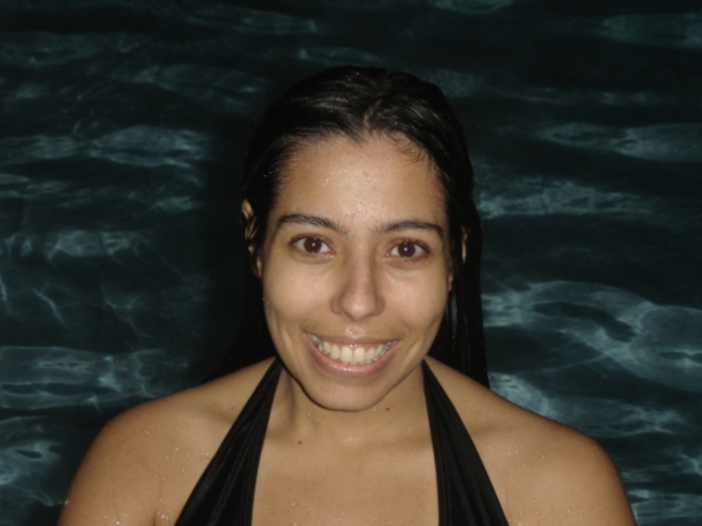 045-van-na-piscina