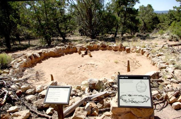 2042 8 dia Tusayan Museum Ruins Large Kiva