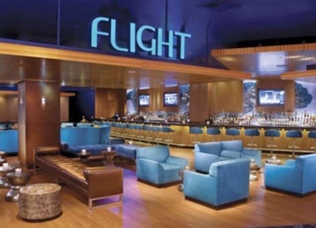 Luxor-Hotel-Flight-Lounge