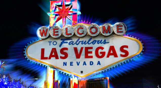 Welcome-to-Fabulous-Las-Vegas-Sign-Now-Powered-by-Solar-416196-2