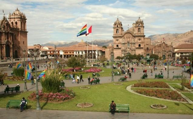 c-fakepath-cusco-ruins-_-market-4