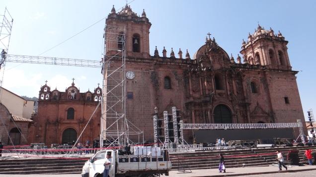 118-plaza-de-armas-la-catedral