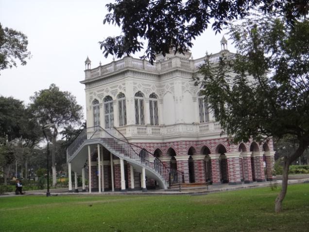 316 2º dia Parque de La Exposición - Pabellón Bizantino