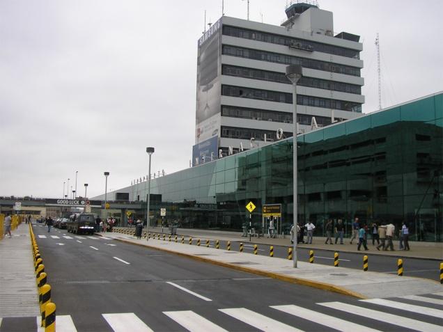 aeropuerto-internacional-jorge-chavez