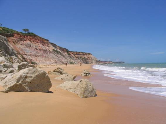 0341-2o-dia-praia-rio-da-barra-arraial-dajuda-falesias