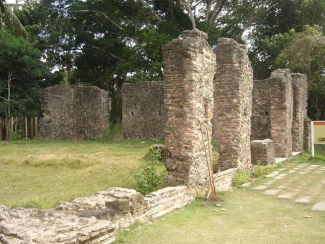0462-3o-dia-ruinas-desconhecida-santa-cruz-de-cabralia
